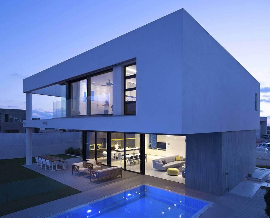 постоянно фото домов с дизайнером минимализма знаете где
